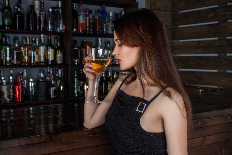 Czym jest i na czym polega detoks alkoholowy?